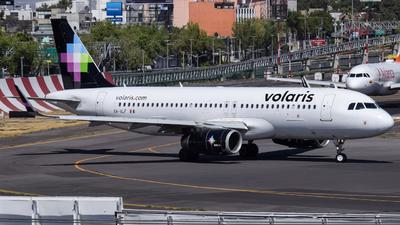 A picture of XAVLF - Airbus A320233 - Volaris - © Francisco Enrique Islas Bautista