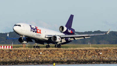 A picture of N612FE - McDonnell Douglas MD11F - FedEx - © Morris Biondi
