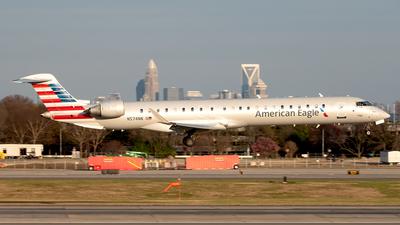 A picture of N574NN - Mitsubishi CRJ900LR - American Airlines - © Yan777