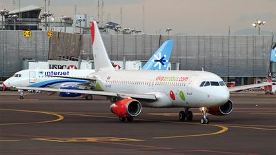 XA-VAF - Airbus A320-232 - VivaAerobus
