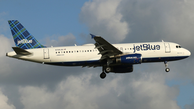 A picture of N768JB - Airbus A320232 - JetBlue Airways - © James Bruno
