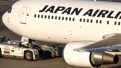 JA653J - Boeing 767-346(ER) - Japan Airlines (JAL)