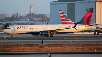 N863DN - Boeing 737-932ER - Delta Air Lines