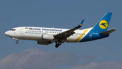 UR-GAN - Boeing 737-36N - Ukraine International Airlines