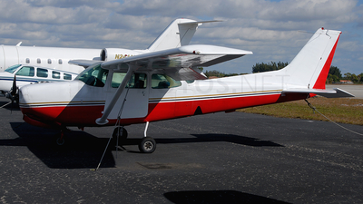 - Cessna 172 Skyhawk - Private