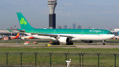 A picture of EIEAV - Airbus A330302 - Aer Lingus - © yiran