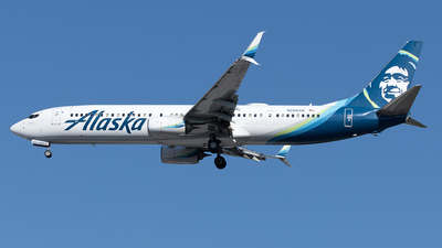 A picture of N268AK - Boeing 737990(ER) - Alaska Airlines - © Yixin Chen