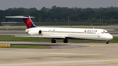 N994DL - McDonnell Douglas MD-88 - Delta Air Lines
