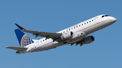 A picture of N86322 - Embraer E175LR - United Airlines - © Yixin Chen