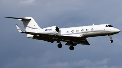 A picture of N779AZ - Gulfstream G450 - [4089] - © Michael Place