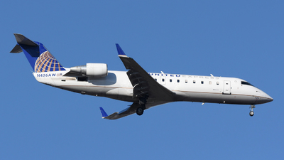 A picture of N426AW - Mitsubishi CRJ200LR - United Airlines - © DJ Reed - OPShots Photo Team
