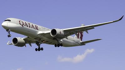 A picture of A7AML - Airbus A350941 - Qatar Airways - © Zachary Bogart