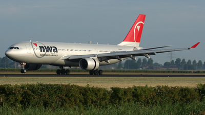 N859NW - Airbus A330-223 - Northwest Airlines