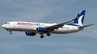 A picture of TCJZR - Boeing 7378JP - Turkish Airlines - © PAUL LINK