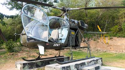 699 - Aérospatiale SA 315B Lama - Pakistan - Army Aviation