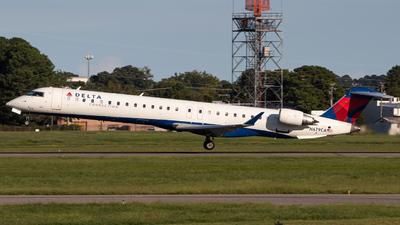 A picture of N679CA - Mitsubishi CRJ900LR - Delta Air Lines - © Joe Waxman
