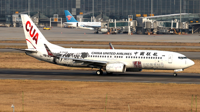 B-5448 - Boeing 737-86N - China United Airlines