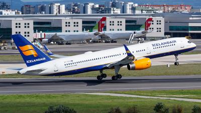 D4-CCG - Boeing 757-208 - TACV Cabo Verde Airlines (Icelandair)