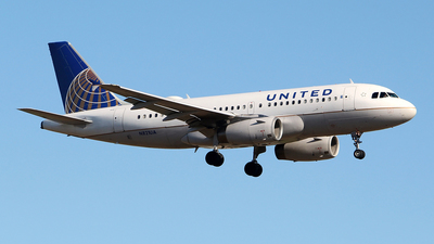 A picture of N821UA - Airbus A319131 - United Airlines - © toyo_69pr