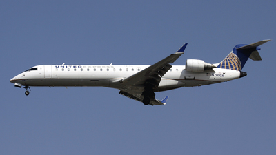 N709SK - Bombardier CRJ-701 - United Express (SkyWest Airlines)