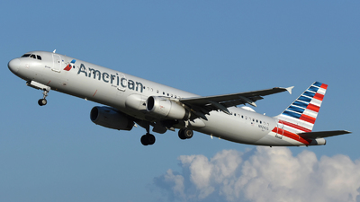 A picture of N924US - Airbus A321231 - American Airlines - © DJ Reed - OPShots Photo Team