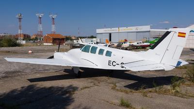 EC-CFZ - Beechcraft 58 Baron - Private