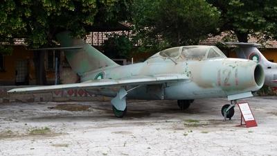 121 - Mikoyan-Gurevich MiG-15UTI Midget - Bulgaria - Air Force