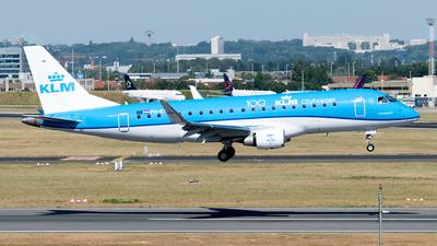 A picture of PHEXR - Embraer E175STD - KLM - © Justin Fontugne
