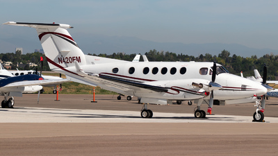 N420EM - Beechcraft B200 Super King Air - Private