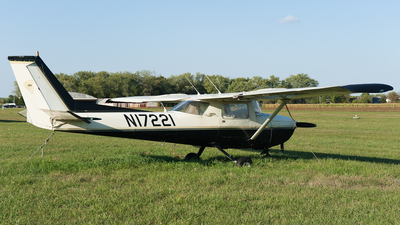 N17221 - Cessna 150L - Private