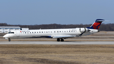A picture of N915XJ - Mitsubishi CRJ900LR - Delta Air Lines - © DJ Reed - OPShots Photo Team