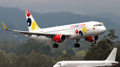 HK-5335 - Airbus A320-214 - Viva Air Colombia