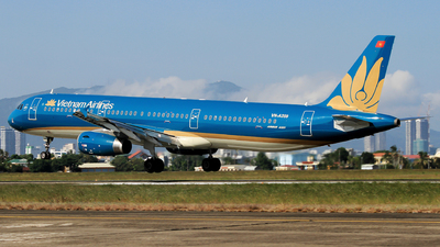 A picture of VNA359 - Airbus A321231 - Vietnam Airlines - © Duc Thinh