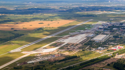 UNNT - Airport - Airport Overview