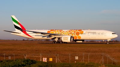 A6-EQO - Boeing 777-31HER - Emirates