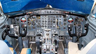 N737HL - Boeing 737-229(Adv) - OzJet