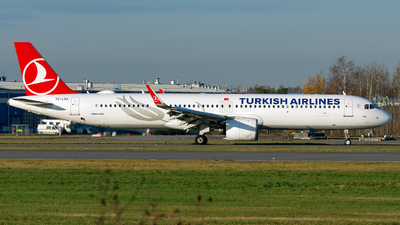 A picture of TCLSA - Airbus A321271NX - Turkish Airlines - © ArCher