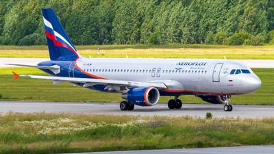 VQ-BCM - Airbus A320-214 - Aeroflot