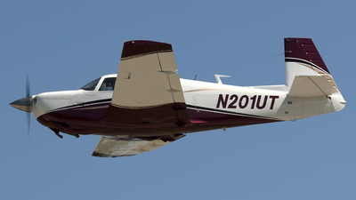 N201UT - Mooney M20J - Private
