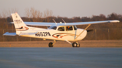 N652PA - Cessna 172S Skyhawk - Purdue University