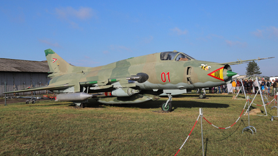 01 - Sukhoi Su-22M3 Fitter - Hungary - Air Force