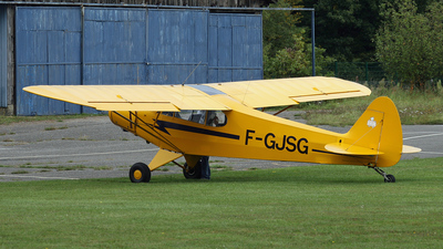 F-GJSG - Piper PA-18 Super Cub - Private