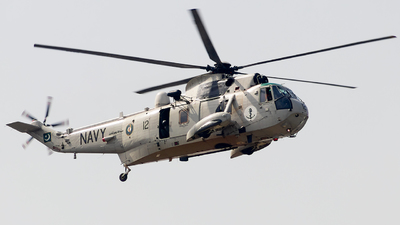 4512 - Westland Sea King Mk.45 - Pakistan - Navy