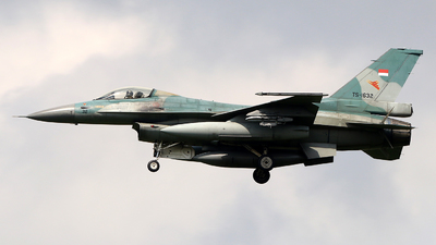 TS-1632 - General Dynamics F-16C Fighting Falcon - Indonesia - Air Force