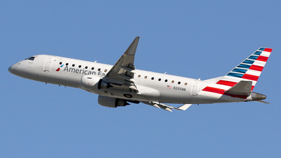N205NN - Embraer 170-200LR - American Eagle (Compass Airlines)