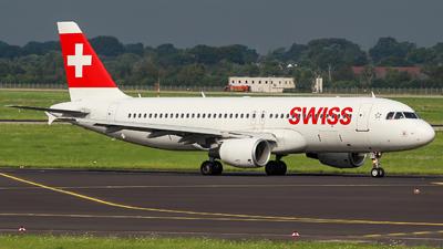 A picture of HBJLS - Airbus A320214 - Swiss - © Heißenbüttel