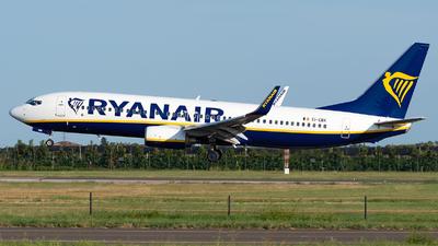 A picture of EIEBK - Boeing 7378AS - Ryanair - © Varani Ennio