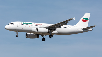 A picture of LZLAB - Airbus A320231 - Bulgarian Air Charter - © Paul Buchröder