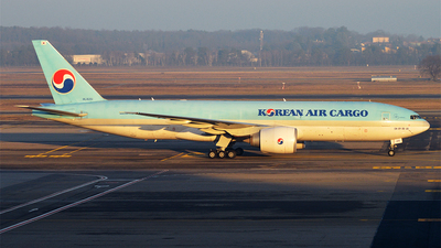 HL8251 - Boeing 777-FB5 - Korean Air Cargo