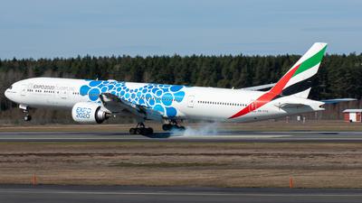 A picture of A6EPD - Boeing 77731H(ER) - Emirates - © William Skoglund